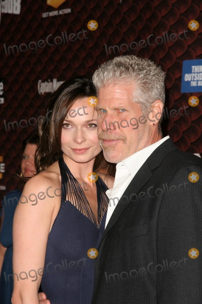 Anna Walton Photo - Anna Walton and Ron Perlman at Spike Tvs Scream 2008 Greek Theatre Hollywood CA 10-18-08