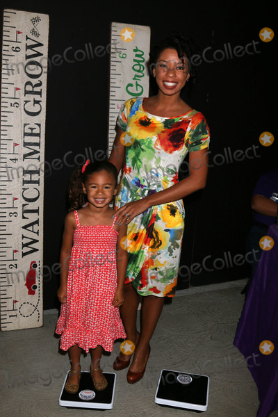 Angel Parker Photo - Naomi Nenninger Angel Parkerat the 5th Annual Red Carpet Safety Awareness Event Sony Picture Studios Culver City CA 09-24-16