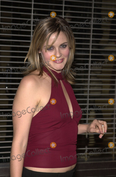 Alicia Silverstone Photo - Alicia Silverstone at a celebration for Jaggers Goddess In The Doorway album El Rey Theater Los Angeles 11-15-01