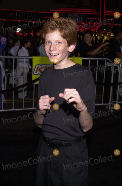 Austin Stout Photo - Austin Stout at the premiere of Dreamworks The Tuxedo at Graumans Chinese Theater Hollywood 09-19-02