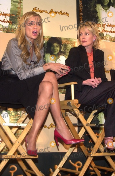 Melanie Griffith Photo - Esther Canadas and Melanie Griffith at the Sabera Foundation Press Conference helping children and wives in India who have been abandoned CAA Beverly Hills CA 10-10-02