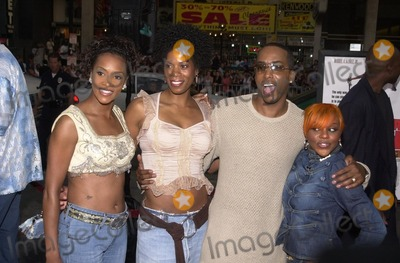 Vivica A Fox Photo - Vivica A Fox Kim Wayans Miguel A Nunez Jr and Lil Kim at the premiere of Warner Brothers Juwanna Mann at the Chinese Theater Hollywood 06-18-02