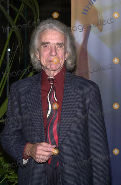 Arthur Hiller Photo - Arthur Hiller at the 54th Annual WGA Awards held in Beverly Hills 03-02-02