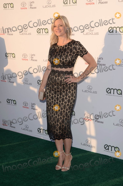 Amy Smart Photo - Amy Smartat the 27th Environmental Media Awards Barker Hangar Santa Monica CA 09-23-17