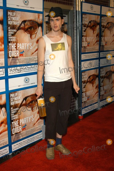 Alex Ebert Photo - Alex Ebert of Ima Robot at The Partys Over Screening The Laemmle Fairfax Los Angeles Calif 10-23-03