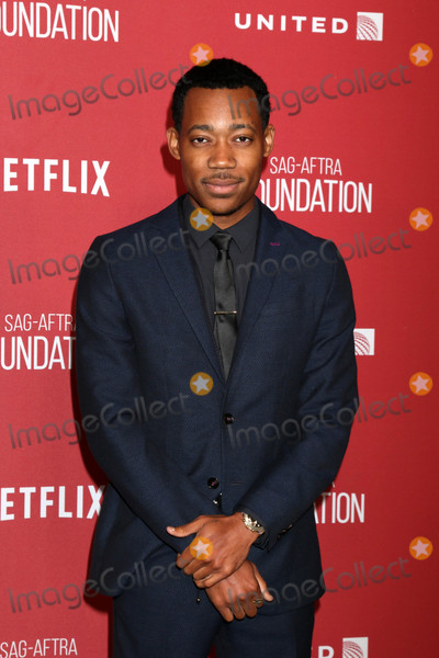 Tyler James Photo - Tyler James Williamsat the SAG-AFTRA Foundations Patron of the Artists Awards 2017 Wallis Annenberg Center for the Performing Arts Beverly Hills CA 11-09-17
