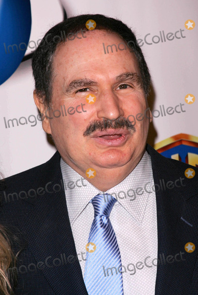 Gabe Kaplan Photo - Gabe Kaplanat the Launch of AOL and Warner Bros In2TV The Museum of Television and Radio Beverly Hills CA 03-15-06