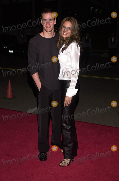Ann Russell Photo - Mark-Paul Gosselaar with wife Lisa Ann Russell at the party honoring the 200th episode of NYPD BLUE 20th Century Fox Studios Cebtury City CA 09-07-02
