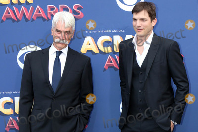 Ashton Kutcher Photo - Sam Elliott Ashton Kutcherat the Academy of Country Music Awards 2018 MGM Grand Garden Arena Las Vegas NV 04-15-18