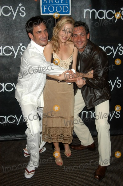 Gregory Zarian Photo - Lawrence and Gregory Zarian with Julie Benz at FEVER - a fashion gala to benefit Project Angelfood presented by Macys and Details Magazine Macys Mens Store Beverly Hills CA 03-13-03