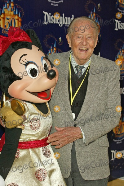 Art Linkletter Photo - Minnie Mouse and Art Linkletterat the Disneylands 50th Anniversary Happiest Homecoming On Earth Disneyland Anaheim CA 05-04-05
