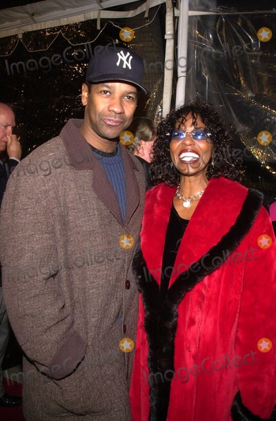 Antwone Fisher Photo - Denzel Washington and wife Pauletta at an industry screening of Fox Searchlights Antwone Fisher at the AMPAS Samuel Goldwyn Theater Beverly Hills CA 12-19-02