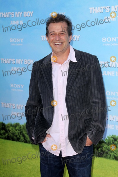 Allen Covert Photo - Allen Covertat the Thats My Boy World Premiere Village Theatre Westwood CA 06-04-12