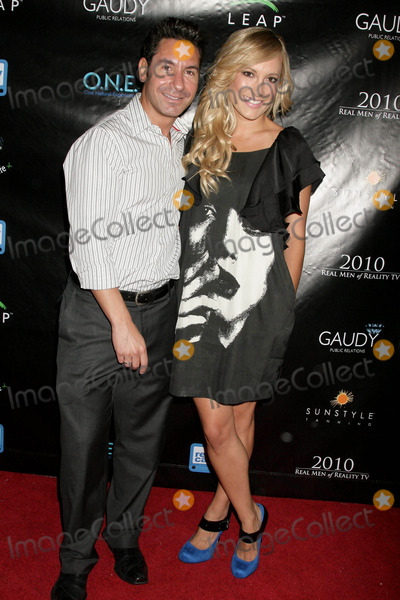 Todd Michael Krim Photo - Todd Michael Krim and Lauren Hildebrandt at the Reality Cares Leap Foundation Benefit Sunstyle Tanning Studio West Hollywood CA 08-06-09