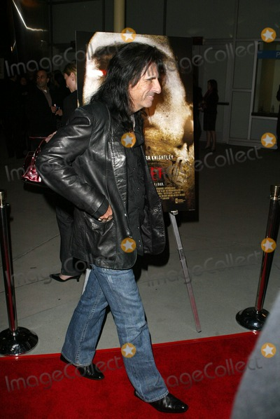 Alice Cooper Photo - Alice Cooper at the The Jacket Los Angles Premiere  Pacific ArcLight Theaters Hollywood CA 02-28-05