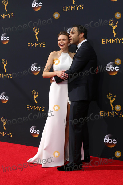 Daniel Sunjata Photo - Aimee Teegarden Daniel Sunjataat the 68th Annual Primetime Emmy Awards Arrivals Microsoft Theater Los Angeles CA 09-18-16
