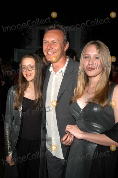 Anthony Head Photo - Anthony Head and daughters at the Buffy The Vampire Slayer Wrap Party Miahaus Studios Los Angeles CA 04-18-03