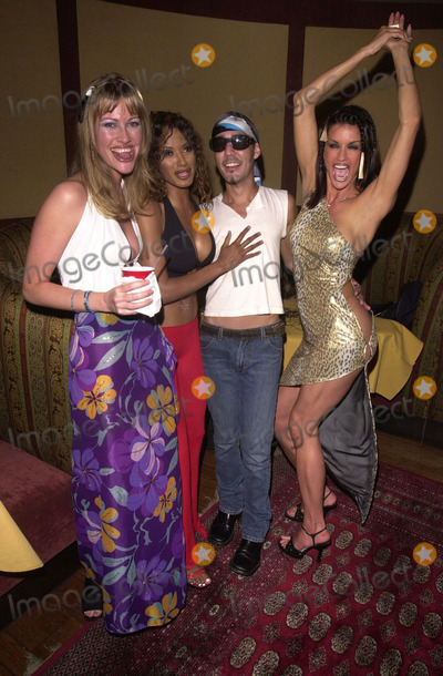 Traci Bingham Photo -  Traci Bingham and Janice Dickenson and Friends at Nuove Prospective a celebrity fashion show in Hollywood 07-27-00