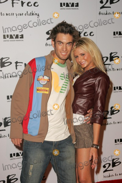 Anastasia Ashley Photo - Adam G Taki and Anastasia Ashleyarriving at 2 Be Frees Spring 2006 Collection Paramount Studios Hollywood CA 10-15-05