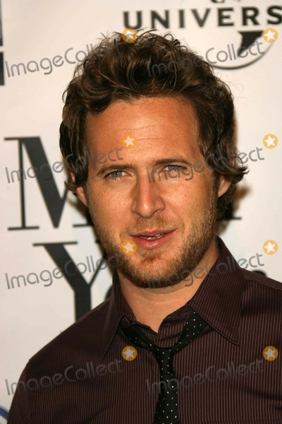 AJ Buckley Photo - AJ Buckleyat the premiere of Man of the Year Graumans Chinese Theatre Hollywood CA 10-04-06