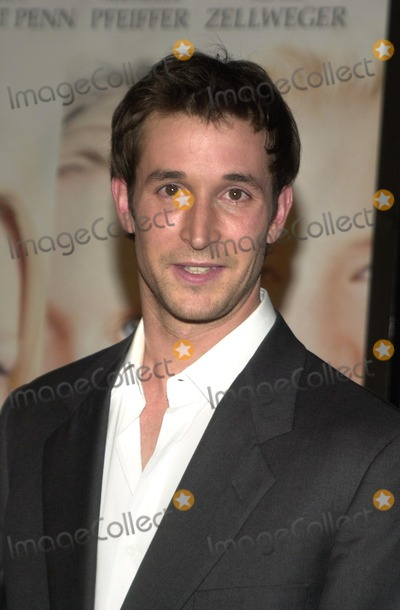 Noah Wylie Photo - Noah Wylie at the premiere of Warner Bros White Oleander at the Chinese Theater Hollywood CA 10-08-02