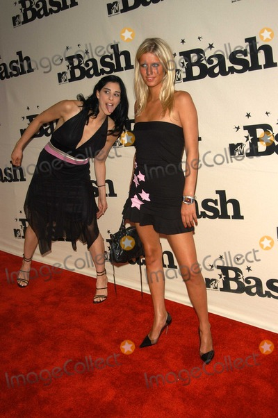 Nicky Hilton Photo - Sarah Silverman and Nicky Hilton at the MTV Bash honoring Carson Daily Palladium Hollywood CA 06-28-03