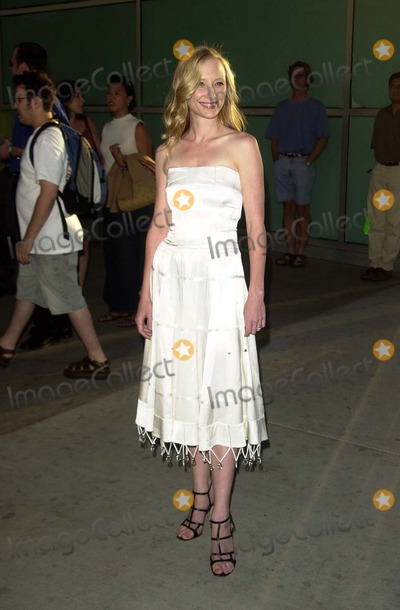 Anne Heche Photo - Anne Heche at the premiere of American Splendor at the Cinerama Dome Hollywood CA 08-07-03