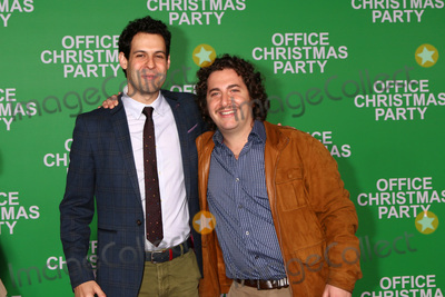 Andrew Leeds Photo - Andrew Leeds Oliver Cooperat the Office Christmas Party Premiere Village Theater Westwood CA 12-07-16