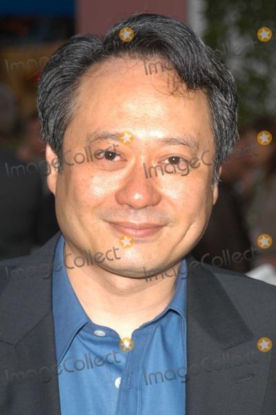 Ang Lee Photo - Ang Lee at the world premiere of Universals The Hulk at Universal Studios Universal City CA 06-17-03