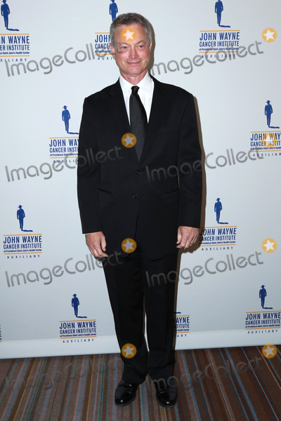 John Wayne Photo - Gary Siniseat the 30th Annual John Wayne Odyssey Ball Beverly Wilshire Hotel Beverly Hills CA 04-11-15
