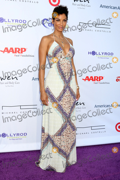 NICOLE MITCHELL Photo - Nicole Mitchell Murphyat HollyRod Presents 18th Annual DesignCare Sugar Ray Leonards Estate Pacific Palisades CA 06-16-16