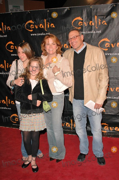Lea Thompson Photo - Lea Thompson at the Opening Night of Cavalia A Magical Encounter Between Horse and Man Santa Monica Pier Santa Monica CA 11-10-04