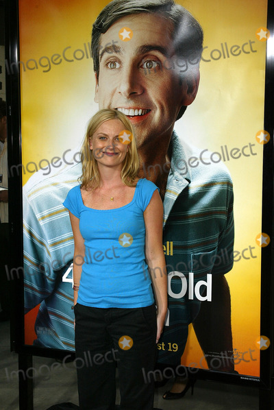 Amy Poehler Photo - Amy Poehler at the World Premiere of the 40 Year-Old Virgin Arclight Hollywood Hollywood CA 08-11-05