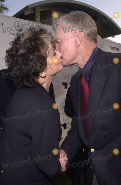 Suzanne Pleshette Photo -  Suzanne Pleshette and Charleton Heston at the Motion Picture and Television Funds 80th Anniversary MPTF Campus Woodland Hills 10-06-01