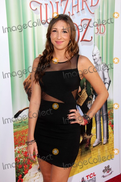 Ashley Edner Photo - Ashley Ednerat The Wizard Of Oz 3D World Premiere Screening and Grand Opening of the TCL Chinese IMAX Theater Chinese Theater Hollywood CA 09-15-13