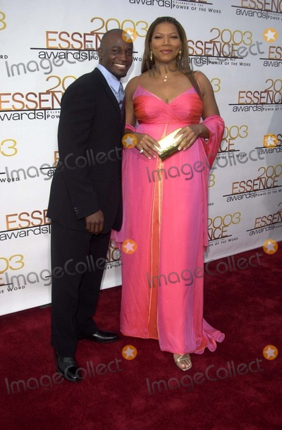Taye Diggs Photo - Taye Diggs and Queen Latifah at the 16th Annual Essence Awards Kodak Theater Hollywood CA 06-06-03