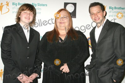 Angus T Jones Photo - Angus T Jones Conchata Ferrell and Jon Cryer at the Big Brothers and Big Sisters of Los Angeles Rising Stars Gala 2009 Beverly Hilton Hotel Beverly Hills CA 10-30-09