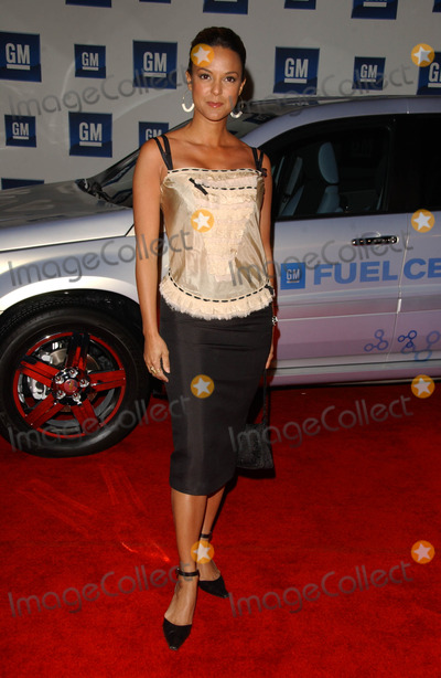 Eva LaRue Photo - Eva LaRueat the 2006 GM TEN Fashion Show Paramount Studios Hollywood CA 02-20-07