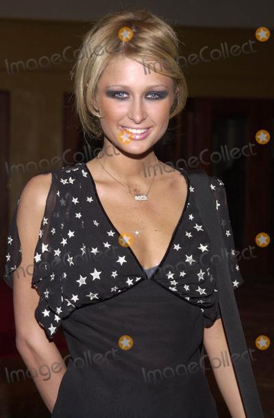 Paris Hilton Photo -  PARIS HILTON at the premiere of Warner Brothers Exit Wounds at Manns Village Theater Westwood 03-13-01