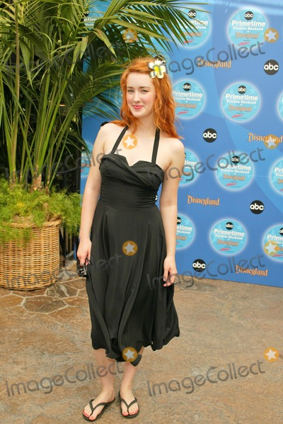 Ashley Johnson Photo - Ashley Johnson at the ABC Primetime Preview Weekend - Day Two at Disneys California Adventure Anaheim CA 09-12-04