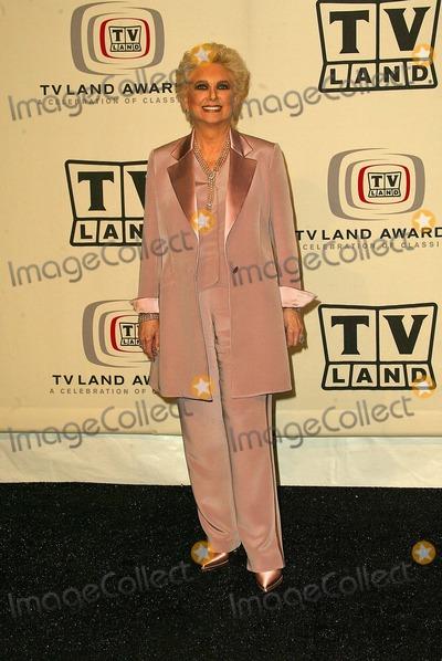 Suzanne Pleshette Photo - Suzanne Pleshette at the 2005 TV Land Awards Pressroom Barker Hanger Santa Monica CA 03-13-05