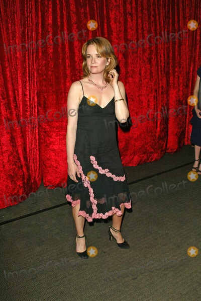 Lea Thompson Photo - Lea Thompson