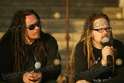 Jonathan Davis Photo - James Munky Shaffer and Jonathan Davis of the band Kornat a Press Conference to Announce their North America Tour Hollywood Forever Cemetery Hollywood CA 01-13-06