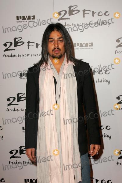 Avo Yermagyan Photo - Avo Yermagyanarriving at 2 Be Frees Spring 2006 Collection Paramount Studios Hollywood CA 10-15-05