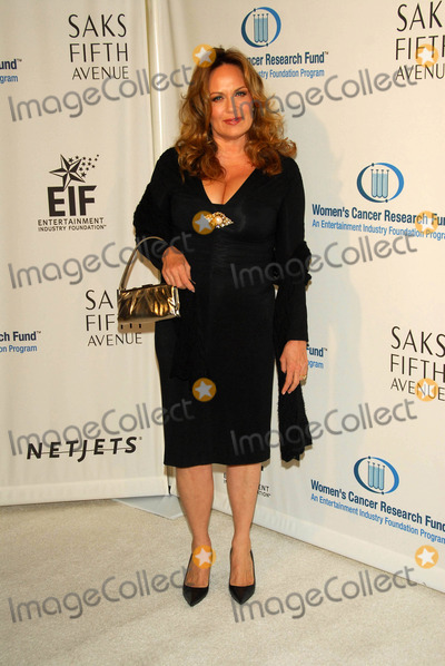 Catherine Bach Photo - Catherine Bachat the Unforgettable Evening Benefit for EIFs Woman Cancer Research Fund Regent Beverly Wilshire Hotel Beverly Hills CA 03-01-06