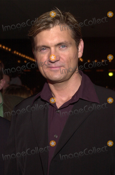 ABBA Photo - Kevin Williamson at the premiere of MAMA MIA the musical based on the songs of ABBA Schubert Theater Century City 02-26-01