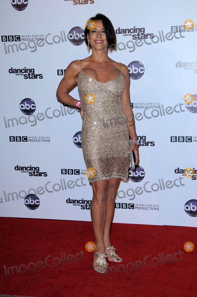 Giselle Fernandez Photo - Giselle Fernandezat the Dancing With The Stars 200th Episode Boulevard 3 Hollywood CA 11-01-10