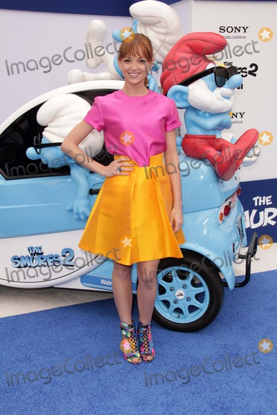 Jayma Mays Photo - Jayma Maysat the The Smurfs 2 Los Angeles Premiere Village Theater Westwood CA 07-28-13