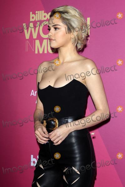 Selena Gomez Photo - LOS ANGELES - NOV 30  Selena Gomez at the 2017 Billboard Women in Music at the Ray Dolby Ballroom on November 30 2017 in Los Angeles CA