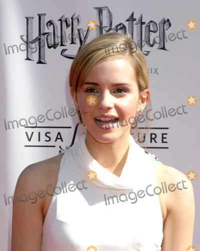 Emma Watson Photo - Emma WatsonUS Premiere of Harry Potter and the Order of the PhoenixGraumans Chinese TheaterLos Angeles CAJuly 8 2007